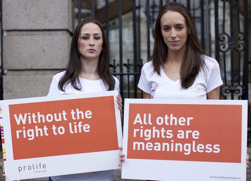 Without the right to life... All other rights are meaningless - Pro-Life Women - Pro-Life Campaign - Fara dreptul la viata... Toate celelalte drepturi sunt lipsite de sens - Femei Pro-Vita (Pentru Viata) - Campanie Pro-Vita (Pro-Life) - ProLifeCampaign.ie